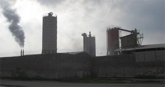 المصانع الكيماوية الإسرائيلية في طولكرم هي المخطط الصهيوني لتدمير صحة الفلسطينيين وبيئتهم